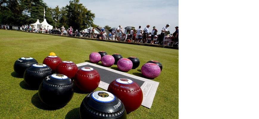Bowls at Victoria Park bowling green