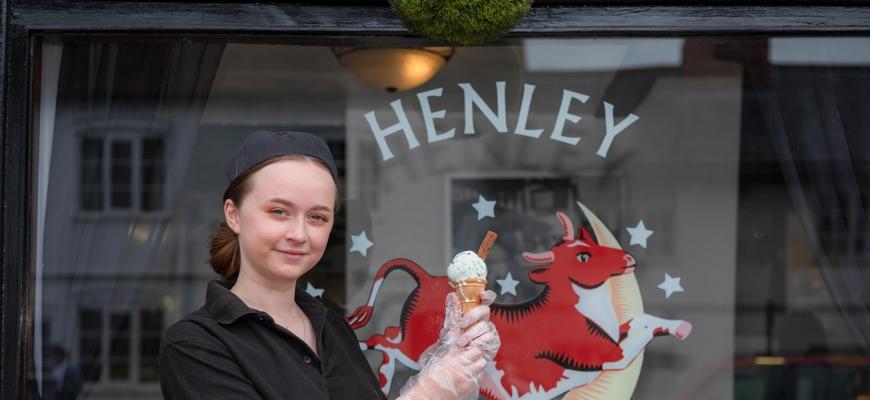 Edie Hutchinson, Henley Ice Cream