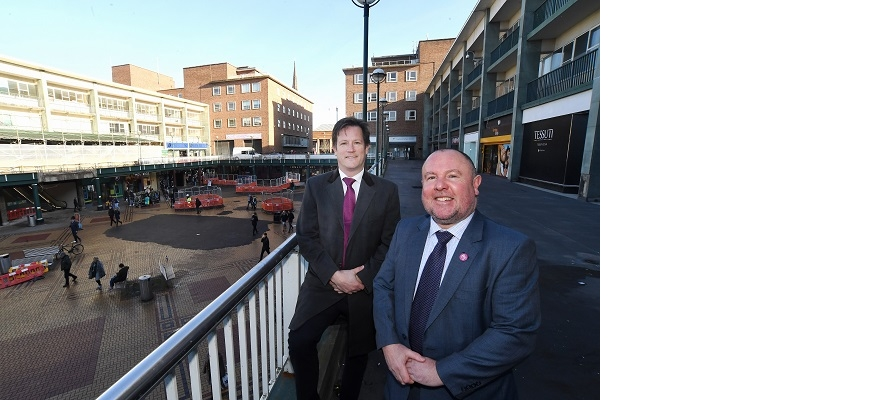 Cllr Jim O'Boyle (front) and Stewart Underwood in Coventry city centre